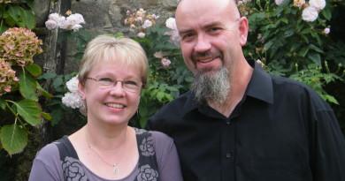 Portrait of Jonathan and Amanda Hanley